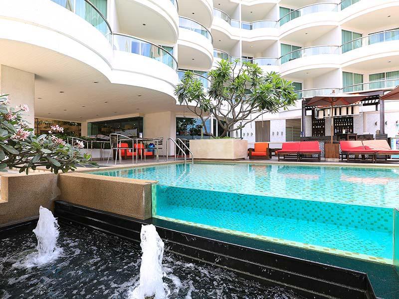โรงแรม พัทยาซีวิว(Pattaya Seaview Hotel)